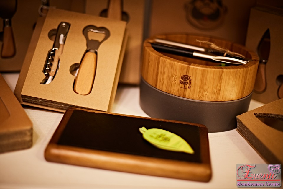 """Portanoci, set vino e tagliere in acciaio e legno linea """"Eco Chef"""""""