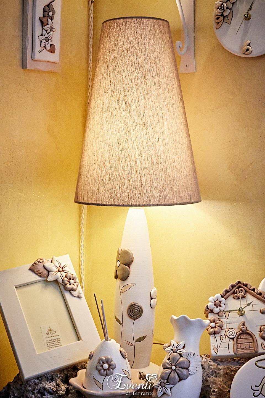 Lampada in terracotta decoro fiori - Ceramiche Artistiche Velier