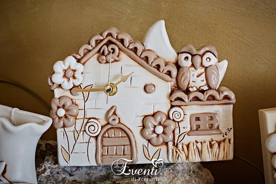 Orologio casetta con gufetto in terracotta
