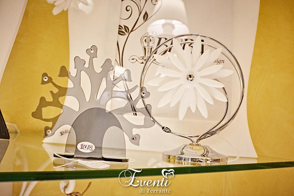 Portatovaglioli cromato con margherita in cristallo acrilico - Buba Design