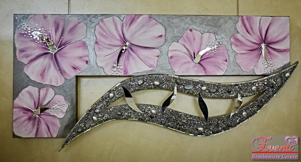 Quadro dipinto su tela con inserti specchi e graniglie in vetro