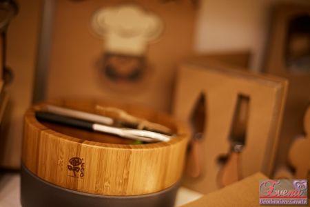 """Schiaccianoci in metallo con portanoci in legno linea """"Eco Chef"""""""