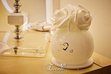 Lampada a led in vetro con fiori bianchi - Buba Design