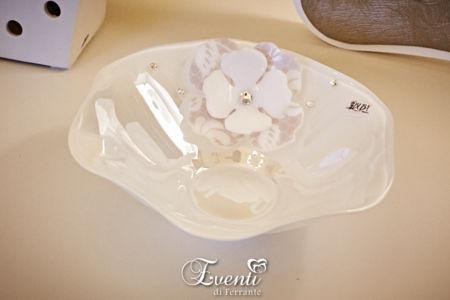 Svuotatasche in vetro con fiore in cristallo acrilico - Buba Design
